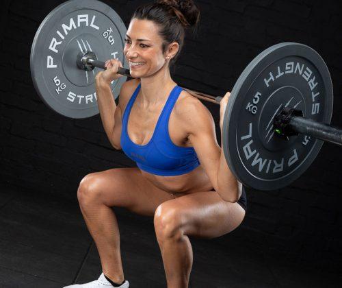 caroline-edis-lifting-weights